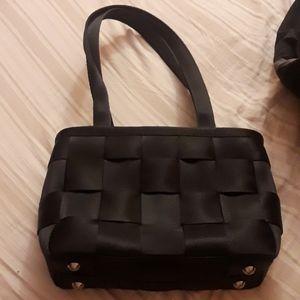 Harvey's original seatbelt bag